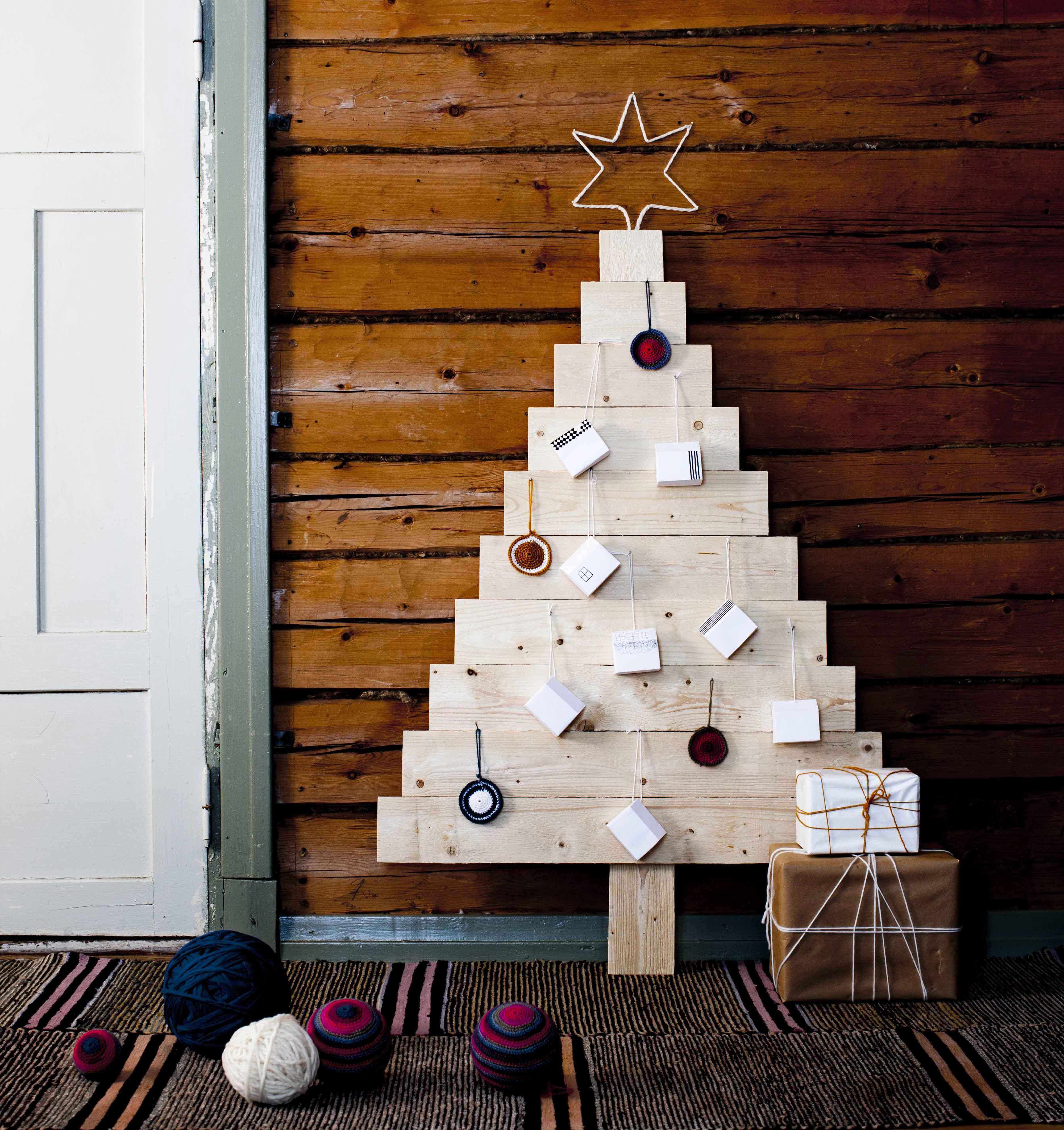 Itse tehty joulukalenteri