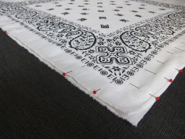 Bandana-tyynyn tekovaihe