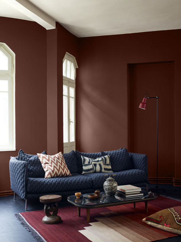 ruskea seinä