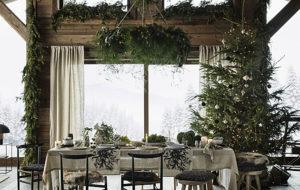 joulukuusi ruokailuhuoneessa
