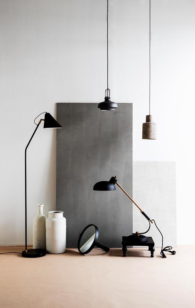 Yhdessä huoneessa kannattaa olla useita erilaisia valonlähteitä. Yleisvalaisimen rinnalle tarvitaan useimmiten kohdevalaisin ja tunnelmavalaisin.