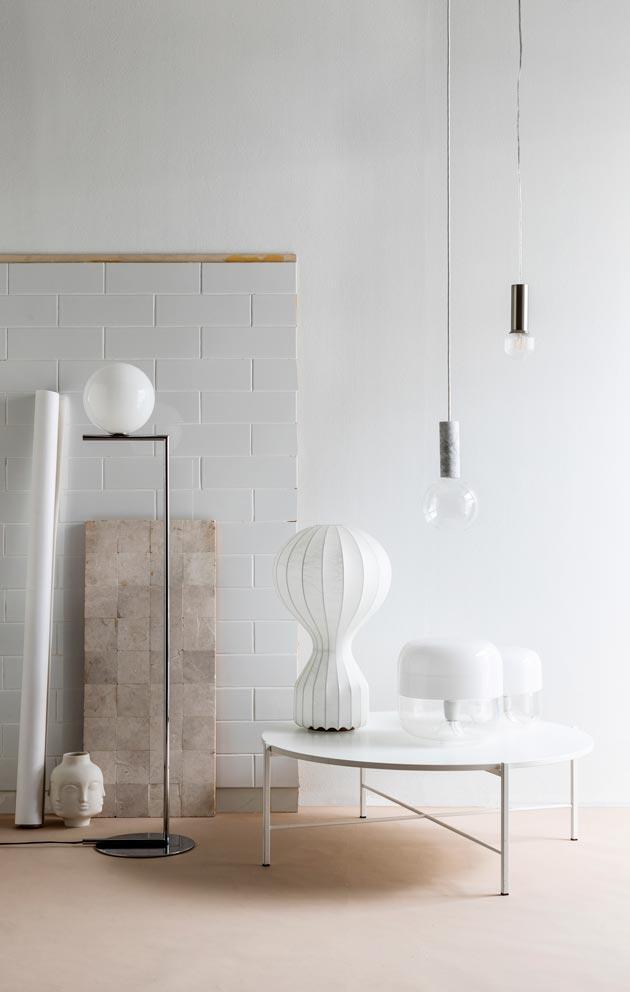Designvalaisimia otetaan yhä useammin uustuotantoon. Syksyn esimerkki on Tapio Wirkkalan 1960-luvulla suunnittelema kristallilamppu.