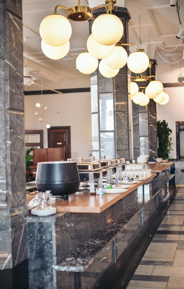 Ravintola Väinö Kallio on rakennettu Elannon entiseen pääkonttoriin.