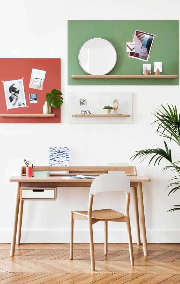 Sirorakenteinen työpöytä on nappivalinta pieneen tilaan. Avohyllyt tuovat kaivattua säilytystilaa.
