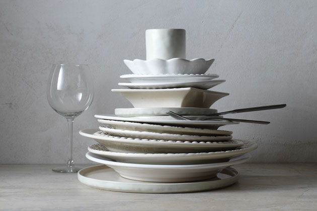 Keraamiset astiat sopivat wabi-sabi-henkeen.